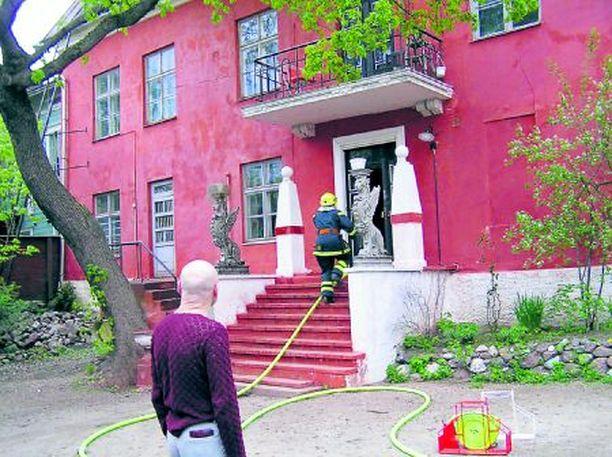 Remun kotitalo, Porvoon vanhassa kaupungissa sijaitseva Linna, paloi vuonna 2004.
