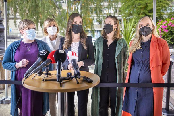 Hallituspuolueista vihreät ja vasemmistoliitto ovat ilmoittaneet ajavansa yksityisen hoidon Kela-korvausten poistoa.