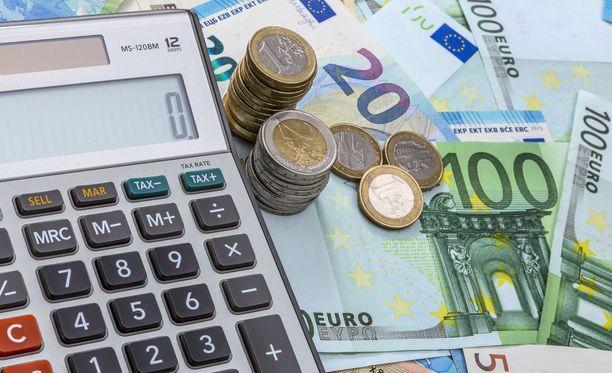 Eläkemaksut ovat osalla suomalaisista saamatta, kun pankkien maksuliikenne takkuilee.