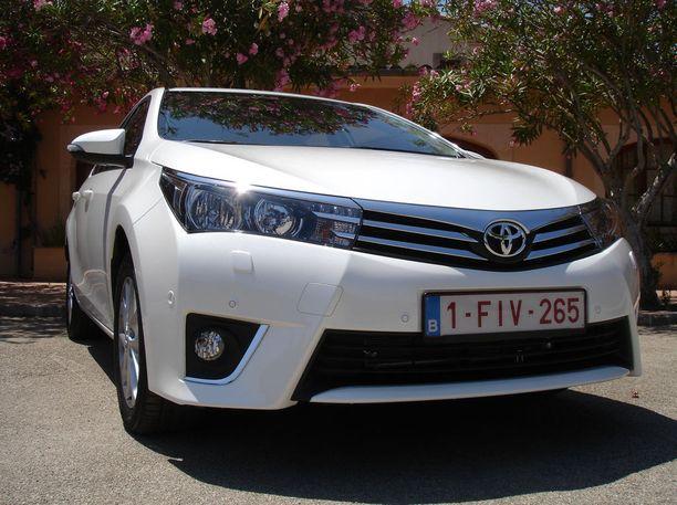Suomen teillä huristeli viime vuonna noin 148 000 Toyota Corollaa. Kuvan Corolla on vuosimallia 2013.