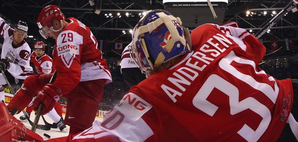 Tanskan Frederik Andersen sai latvialaiset epätoivom partaalle.