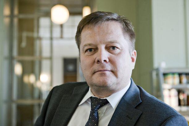 Vasemmistoliiton kansanedustaja Markus Mustajärvi sanoo halunneensa korostaa sitä, että isänmaallisuus kuuluu kaikille.