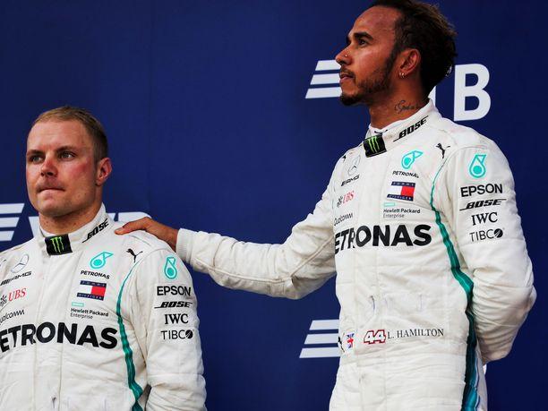 Valtteri Bottas päästi Lewis Hamiltonin ykköseksi viime vuonna Venäjällä.