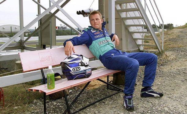 Kimi Räikkönen palaa 17 välivuoden jälkeen Sauberille.