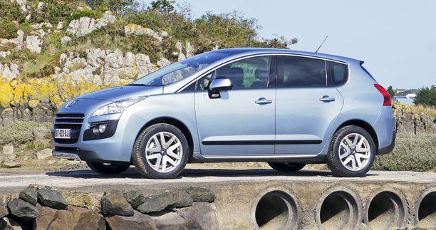 Peugeot 3008 Hybrid >> Iltalehti Esittelee Maailman Jarkevin Hybridi