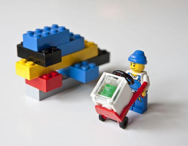 Peruslegot jättävät paljon tilaa luovuudelle, valmiit rakennussarjat vähemmän.