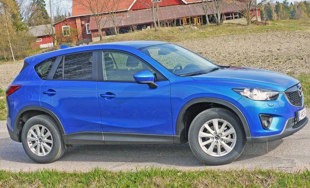 Mazda mursi saksalaisrintaman CX-5 mallillaan.