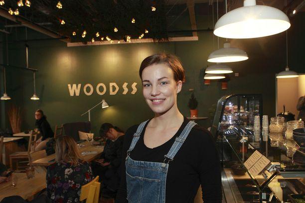 Vilma Klemetti aikoo perustaa Woodss-ravintoloita muuallekin. Niissä luotetaan metsän tunnelmaan ja kasvisruokaan.