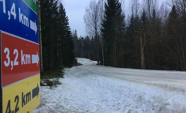 Espoon Oittaalla on yhä yli kolmen kilometrin mittainen tykkilumilatu.