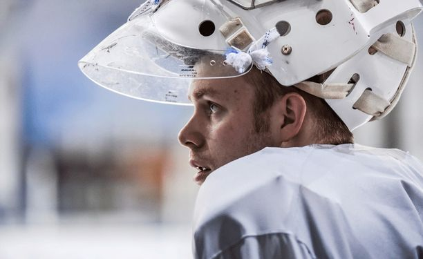 Mikko Koskinen pääsee KHL:n mestarisuosikin riveihin.