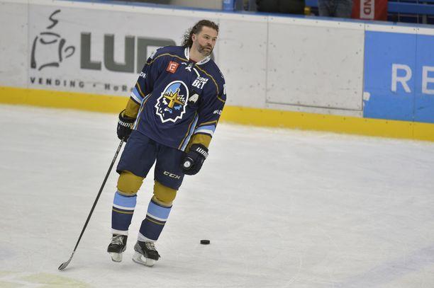 Jaromir Jagr oli viime kaudella nostamassa Kladnoa Tshekin pääsarjaan.