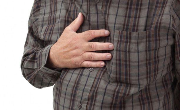 Närästys on polttava tunne rintalastan takana. Joskus nieluun tuntuu nousevan hapanta.