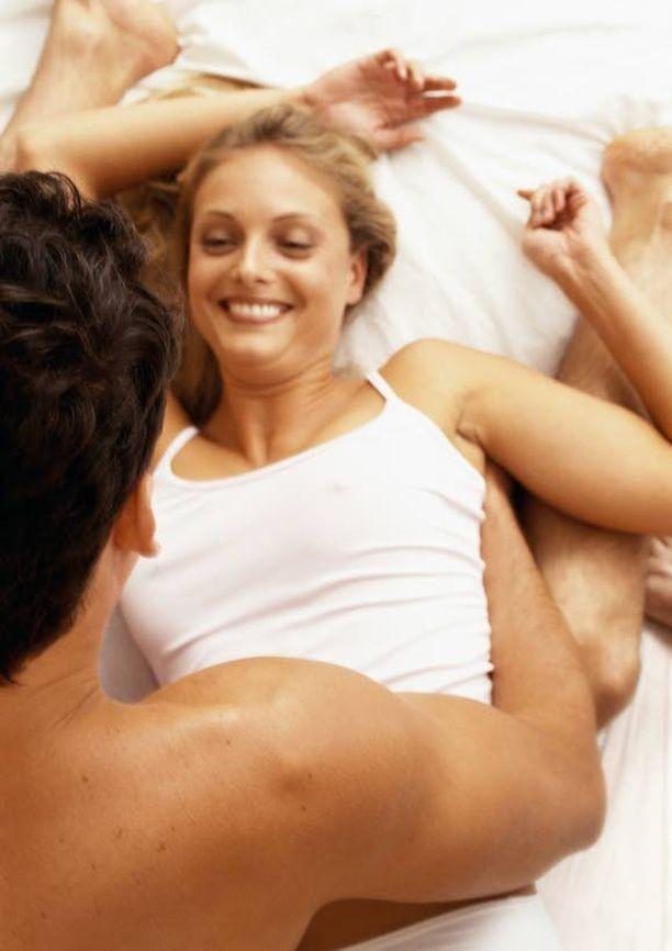 Seksin harrastamisesta on monia hyötyjä.