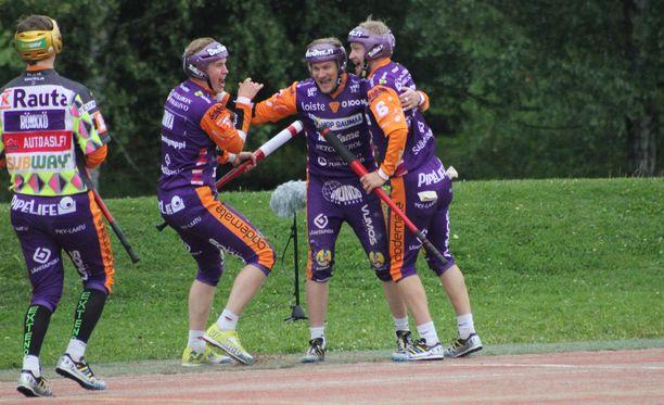 Kunnarin lyönyt Antti Hartikainen oli ottelun hahmo.