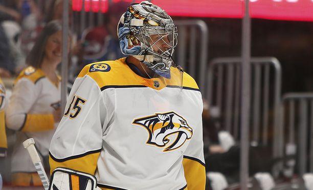 Pekka Rinne on suurin suosikki NHL:n parhaan maalivahdin palkinnon saajaksi.