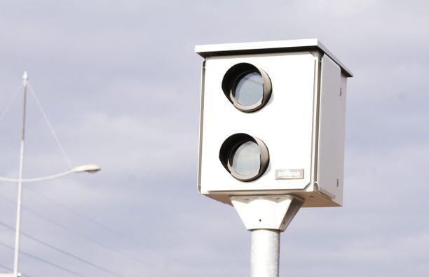 Ylinopeuskamera räpsyi tiiviiseen tahtiin Espoossa. Kuvituskuva.
