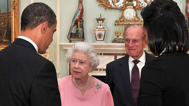 Presidentti Obama saapui Lontooseen osallistuakseen G20-maiden kokoukseen keskiviikkona.
