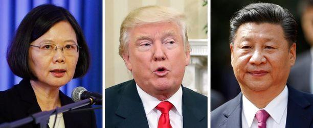 Donald Trump aiheutti Kiinalta Yhdysvalloille vakavan protestin puhuttuaan puhelimessa Taiwanin presidentin Tsai Ing-wenin (vas.) kanssa. Oikealla Kiinan presidentti Xi Jinping.