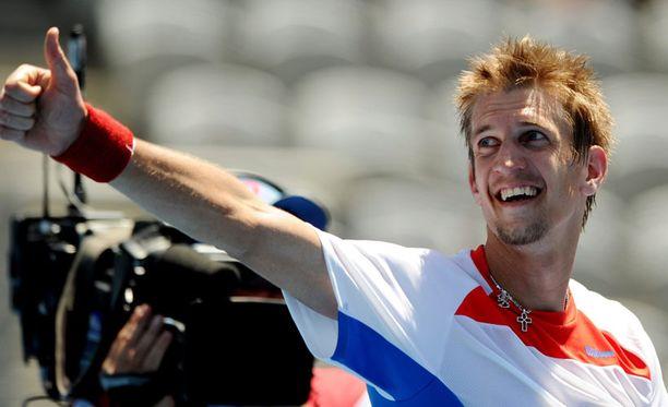 Jarkko Nieminen on selviytynyt Sydneyn ATP-turnauksen finaaliin.