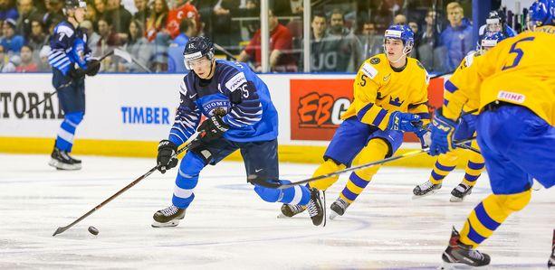 Henri Jokiharju keräsi avausottelussa Suomen pelaajista eniten peliaikaa - 25 minuuttia ja kuusi sekuntia.
