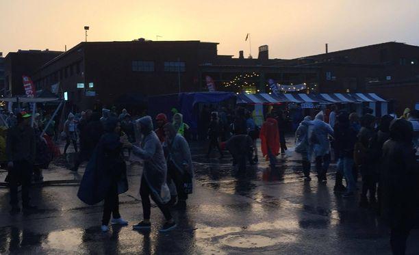 Sideways on hipstereiden suosima festivaali Helsingin Teurastamon alueella Sörnäisten kupeessa.