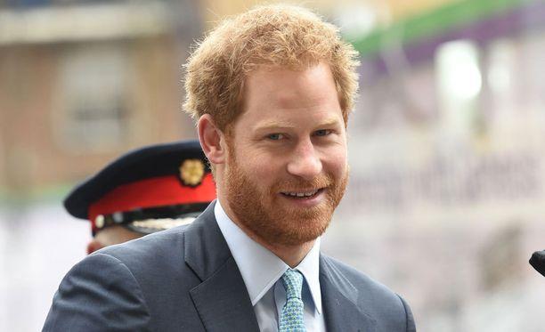 Prinssi Harry on brittilehden mukaan edelleen vapailla markkinoilla.