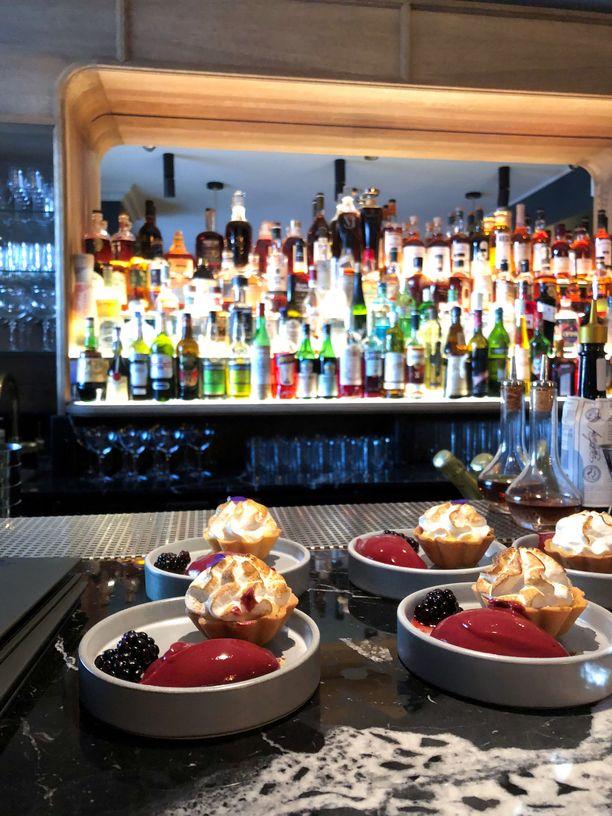 Goldfishin pienet ruoka-annokset tulevat viereisestä Ventuno-ravintolan keittiöstä.