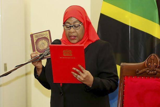 Samia Suluhu Hassan astui virkaansa 19. maaliskuuta.