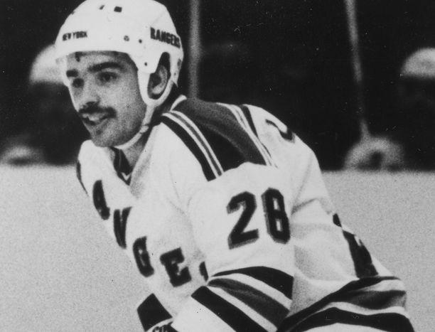 Mikko Leinonen pelasi NHL:ssä ja New York Rangersissa 1981–84.