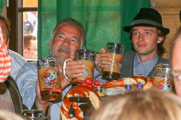 Iso-Arskalle maistui Oktoberfesteilla saksalainen olut.