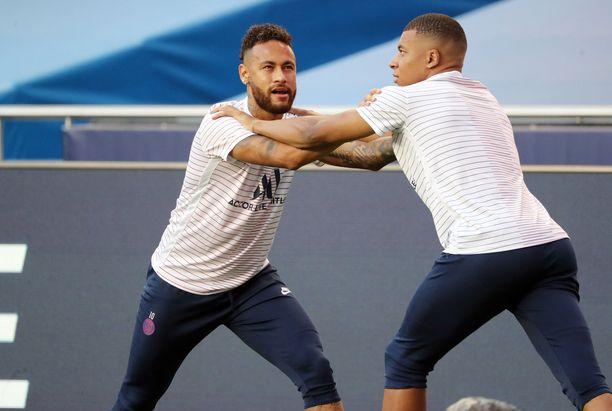 Neymar ja Kylian Mbappe ovat valmiina aiheuttamaan Manchester Unitedin puolutukselle vaikeuksia.