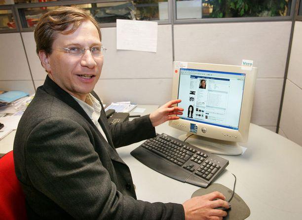 Kuva marraskuulta 2007, jolloin Reidar Wasenius erotettiin hetkeksi Facebookista.