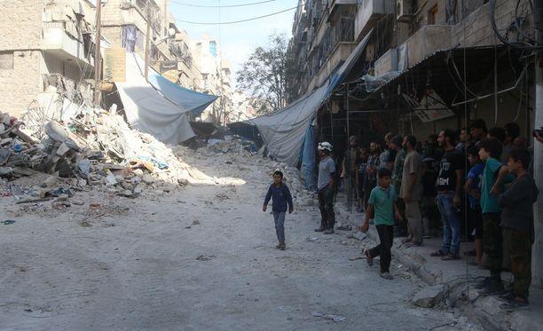 Turkin valtiollinen uutistoimisto kertoi AP:n mukaan, että turkkilaiskoneet ovat iskeneet useita kurdikohteita vastaan Aleppon pohjoispuolella.