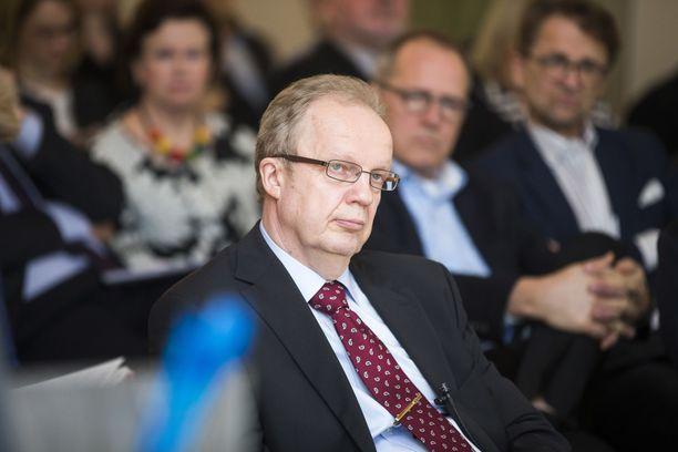 Toimittaja Unto Hämäläinen osallistui Elinkeinoelämän valtuuskunnan Evan seminaariin 22.4.2015.