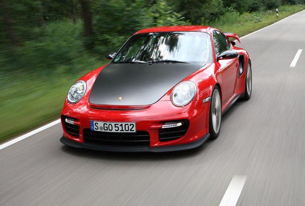 NOPEIN Kaikkien aikojen nopein Porsche-katuauto loppuunmyyntiin pikaisesti.