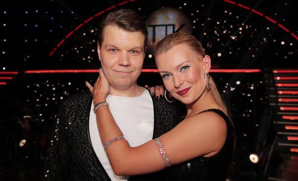 Hannes Suominen onnistui vakuuttamaan tuomarit ja katsojat. Hän ja Kia Lehmuskoski olivat viime sunnuntaina TTK:n paras pari.