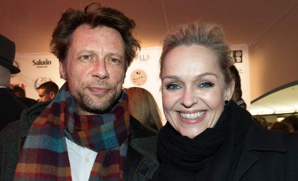 Antti Reinin ja Anu Sinisalon erosta uutisoitiin alkuvuodesta. Pari ehti pitää yhtä useita vuosia.