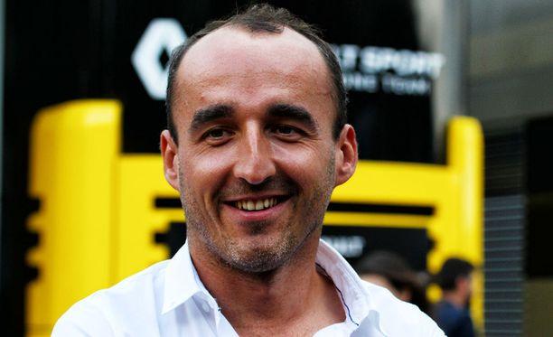 Robert Kubica haluaa takaisin F1-auton rattiin.