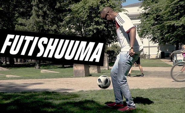 Husu Hussein on pelannut jalkapalloa nelivuotiaasta asti. Pallo oli pakokeino Somaliassa kasvaneelle Husseinille.