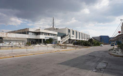Miljardeja kankkulan kaivoon! Kuvat Ateenan olympiapaikoista pysäyttävät - tältä vuoden 2004 kisojen areenat näyttävät nyt