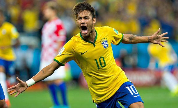 Brasilian supertähti on pelikunnossa Kolumbiaa vastaan.