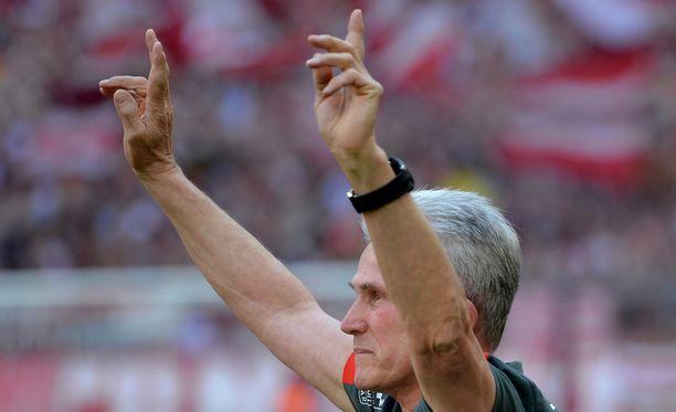 Valmentajalegenda Jupp Heynckes hyvästeli Allianz-areenan jälleen.