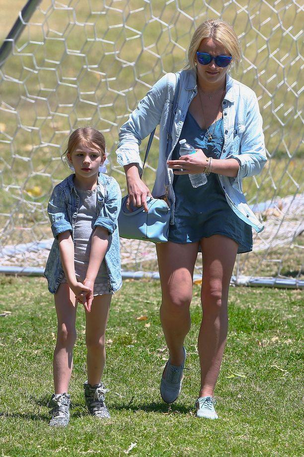 Maddie kuvattuna tätinsä Britney Spearsin kanssa vuonna 2015.