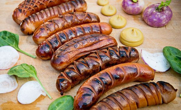 Kesän grillikauden aikana suomalaiset syövät 12 miljoonaa kiloa grillimakkaraa. Se on 56 prosenttia koko vuoden myynnistä.