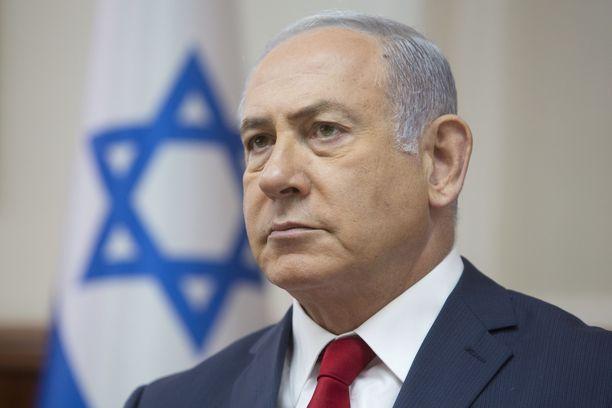 Israelin pääminsteri Benjamin Netanjahu on vannonut, ettei Israel aio sallia Hizbollahin tai Iranin voimistumista Syyriassa ja maa onkin tehnyt lukemattomia iskuja niitä vastaan Syyrian puolella. Netanjahu tehnee kaikkensa, että Trump ja USA tukevat tätä tavoitetta.