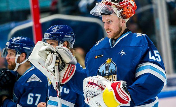 Ruotsalaisvahti Magnus Hellberg sai yllättäen huippusiirron SKA:han.