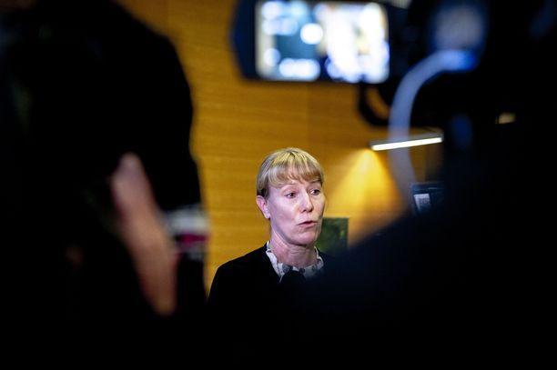Tutkinnanjohtaja Kirsi Kanth tiedotti tapauksesta medialle perjantaina.