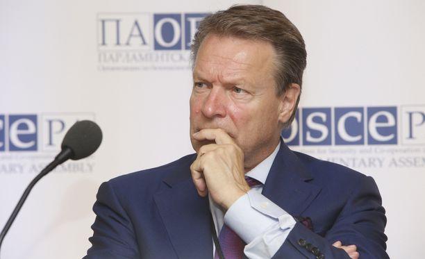 Etyjin parlamentaarisen yleiskokouksen puheenjohtaja Ilkka Kanerva tapaa tänään Venäjän duuman puhemies Sergei Naryshkinin.