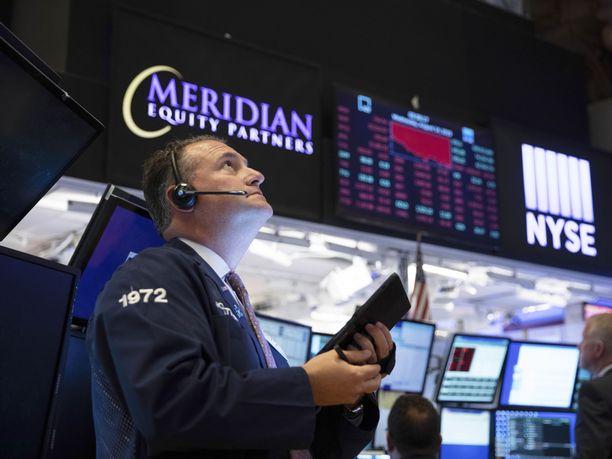 Wall Streetin pörssikurssit sukelsivat rajusti keskiviikkona.