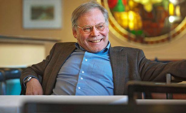 Lauri Törhönen (kuvassa) suunnittelee elokuvaa yhdessä Jörn Donnerin kanssa.